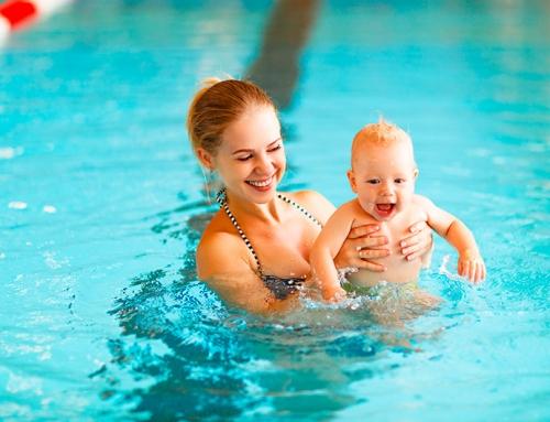 Seu bebê completou 6 meses? Traga ele para a natação!