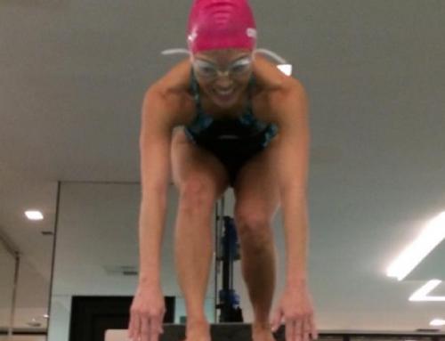 Cliente se recupera e encontra equilíbrio em aulas de natação